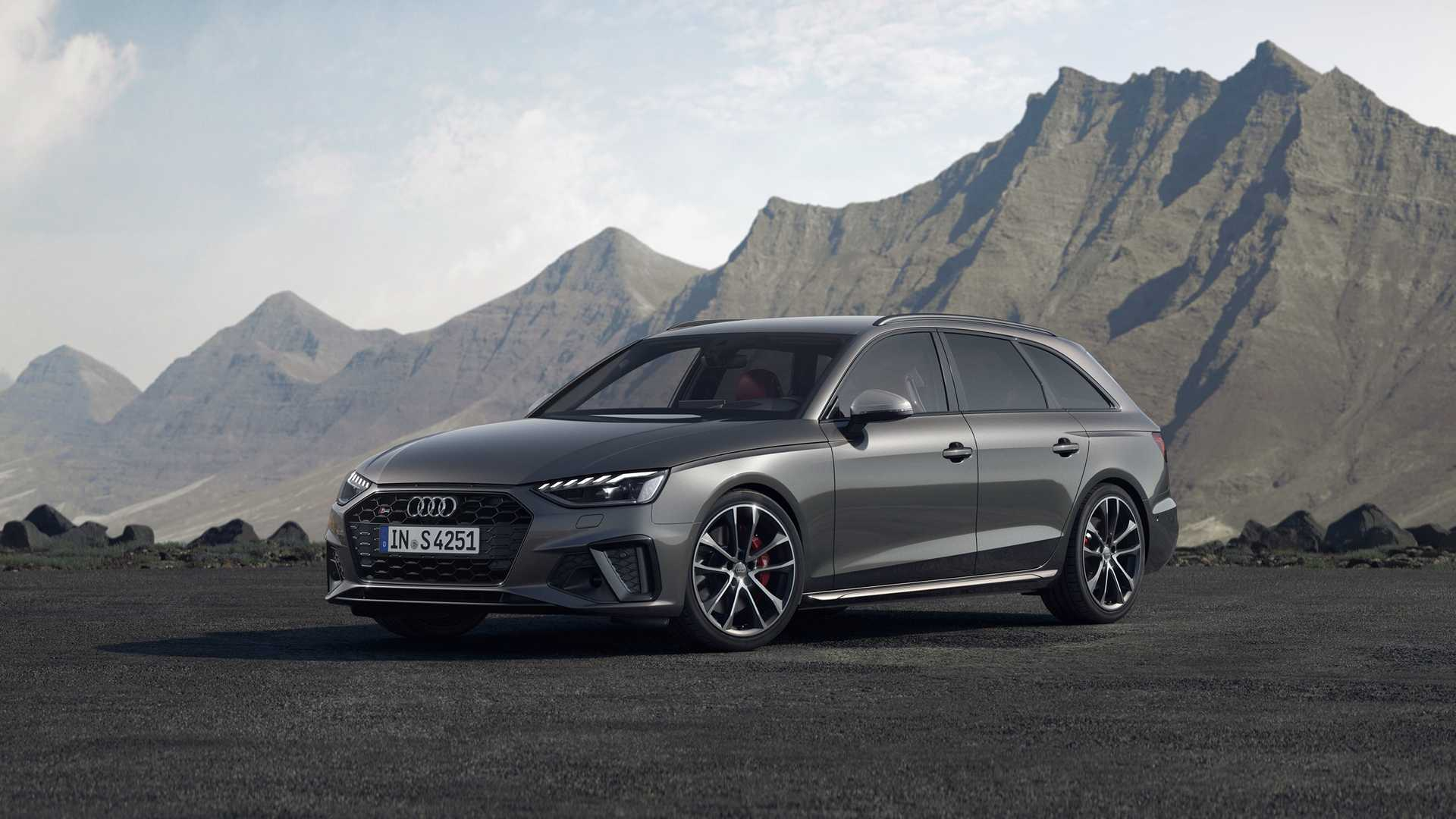 Formacar Audi Unveils Facelifted 2020 A4 Range