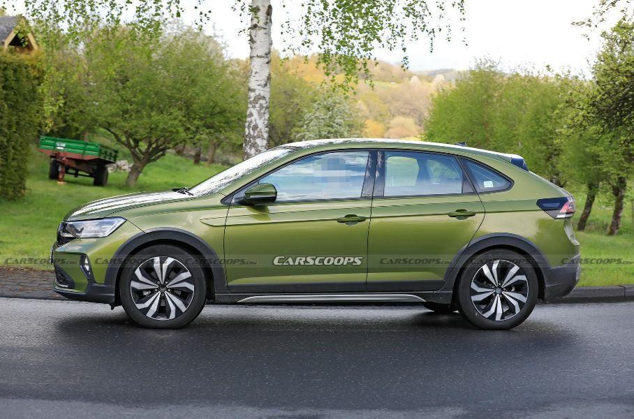 FormaCar: Volkswagen Taigo coupe-SUV spied running around