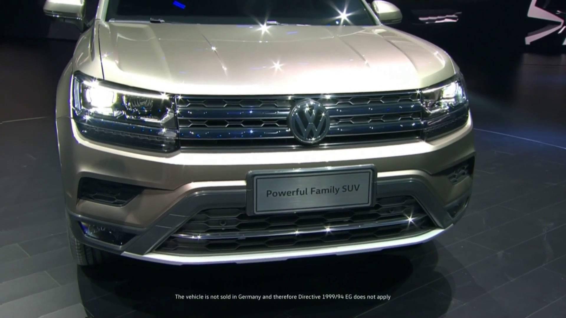 FormaCar: Volkswagen ID.Buzz test mule spotted running around