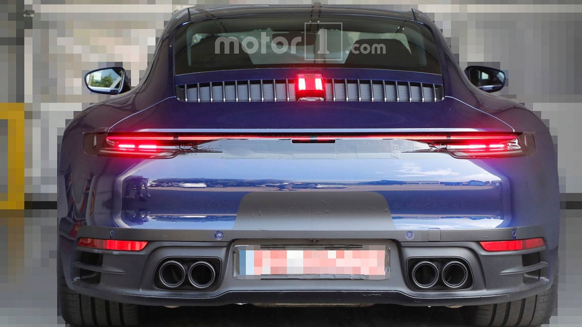 FormaCar: VIDEO: New Porsche 911 spotted on the road